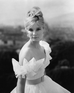 """Yvette Mimieux from """"Light in the Piazza""""1962 - Image 4662_0039"""