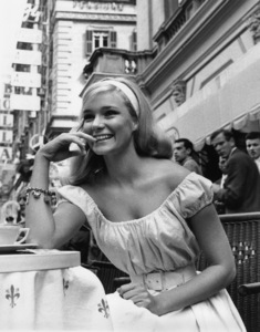 """Yvette Mimieux from """"Light in the Piazza""""1962 - Image 4662_0047"""