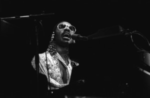Stevie Wonder performing live in Los Angeles, CAcirca 1975© 1978 Bobby Holland - Image 4804_0057