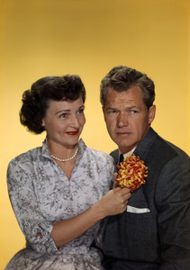 """Betty White and Bill Williams in """"Date with the Angels""""1957© 1978 Gene Howard - Image 4808_0064"""