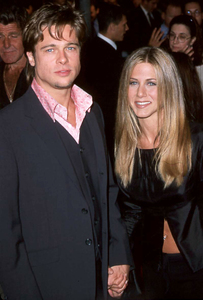 "Brad Pitt at the Premiere of""Fight Club"" with girlfriend Jennifer Aniston.  10/06/98. © 1999 Glenn Weiner - Image 4811_0100"