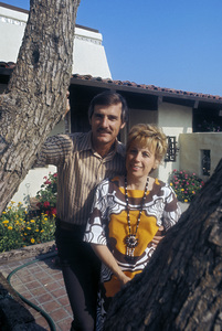 Dennis Weaver at home with his wife, Gerry Stowell1970 © 1978 Wallace Seawell - Image 4813_0005