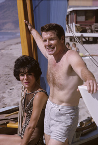 Robert Horton and his wife Marilynn Bradley1965© 1978 Gene Trindl - Image 4820_0007