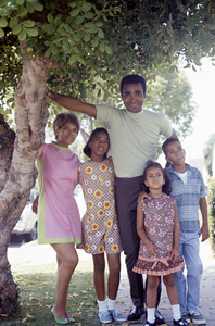 Greg Morris at home with his wife, Lee, and their children Phil, Iona and Linda1966© 1978 Gunther - Image 4847_0010