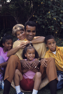 Greg Morris at home with his wife, Lee, and their children Phil, Iona and Linda1966© 1978 Gunther - Image 4847_0011