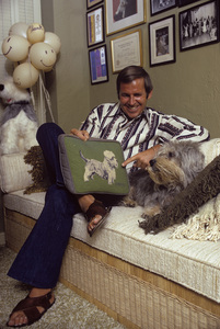 Paul Lynde at home1972© 1978 Gene Trindl - Image 4857_0052