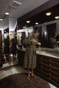 Paul Lynde at home1972© 1978 Gene Trindl - Image 4857_0054