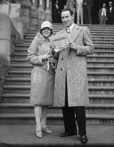 Rod La Rocque and Vilma Banky get license to wed in Los Angeles06-17-1927** Sheryl Deauville Collection - Image 4947_0005