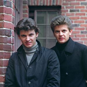 The Everly Brothers (Don Everly, Phil Everly) 1965 © 1978 Ed Thrasher  - Image 4956_0038