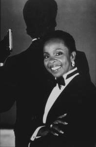"""License To Kill,"" Gladys Knight1989 MGM / MPTV - Image 5060_0005"