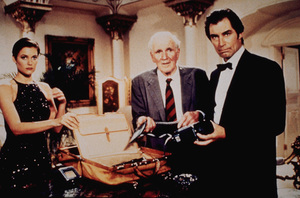 """License To Kill,""Carey Lowell, Desmond Llewelyn, Timothy Dalton1989 UA / MPTV - Image 5060_0104"