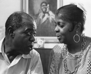 Louis Armstrong and wife, Lucille Wilson, at home in Queens, NY June 1970 ** I.V.