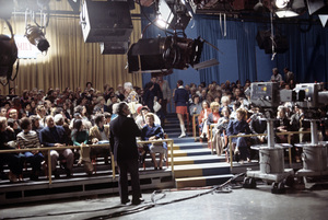 """""""All in the Family"""" (studio audience)1971© 1978 Gene Trindl - Image 5078_0114"""