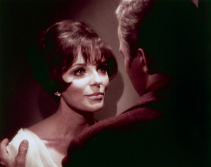 """Star Trek"" (Episode: The City on the Edge of Forever)Joan Collins, William Shatner1966 - Image 5088_0274"