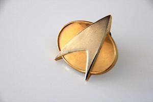 """Star Trek"" (Communicator Pin)© 2016 Ron Avery - Image 5088_0433"