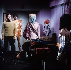 """Star Trek: The Original Series""(Episode: ""Elaan of Troyius"")William Shatner, Dick Durock, Jay Robinson, France NuyenAir date: December 20, 1968© 1978 Chester Maydole - Image 5088_0435"