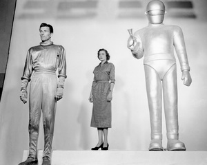 """The Day the Earth Stood Still""Hugh Marlowe, Patricia Neal & Michael Rennie 1951 20th **I.V. - Image 5090_0011"