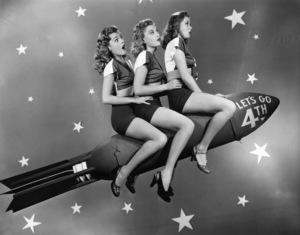Holiday Category (4th of July)Peggy Kundson, Suzi Crandall, Jane Harkercirca 1950sPhoto by Eugene Robert Richee - Image 5093_0051