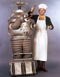 """Lost in Space"" Jonathan Harris & Bob May (Robot) circa 1966 © 2009 Space Productions ** I.A. - Image 5095_0103"