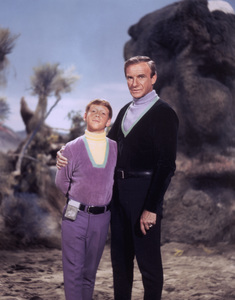 """""""Lost in Space"""" Bill Mumy & Jonathan Harris circa 1966 © 2009 Space Productions ** I.A. - Image 5095_0108"""