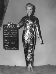 """""""Lost in Space"""" June Lockhart circa 1965 © 2009 Space Productions ** I.A. - Image 5095_0123"""