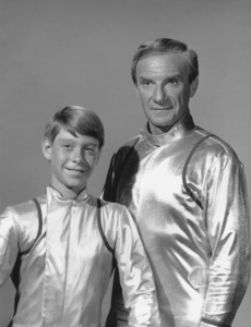 """""""Lost in Space"""" Bill Mumy & Jonathan Harris circa 1965 © 2009 Space Productions ** I.A. - Image 5095_0137"""