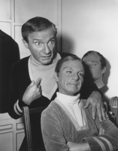 """Lost in Space"" Jonathan Harris circa 1965 © 2009 Space Productions ** I.A. - Image 5095_0153"