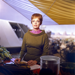 """""""Lost in Space"""" June Lockhart circa 1965 © 2009 Space Productions ** I.A. - Image 5095_0161"""