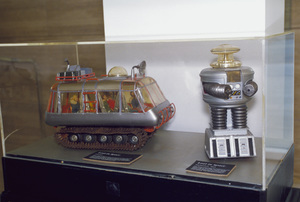 """""""Lost in Space"""" Display at The Museum of Television and Radio in Beverly Hills 1977 © 2009 Space Productions **I.A. - Image 5095_0182"""