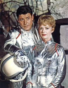 """""""Lost in Space"""" (Season 1)Guy Williams, June Lockhart1965Photo by Gabi Rona© 2015 Legend Pictures, LLC - Image 5095_0240"""