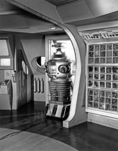 """""""Lost in Space"""" (Season 1)The Robot (Model # B9)1965Photo by Gabi Rona© 2015 Legend Pictures, LLC - Image 5095_0256"""