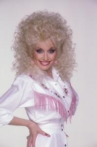 Dolly PartonJune 1987 © 1987 Mario CasilliMPTV - Image 5148_0015