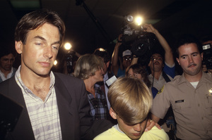 Mark Harmon, Kristin Harmon Nelson and her son, Sam, at Los Angeles Superior Court1987© 1987 Gunther - Image 5161_0118