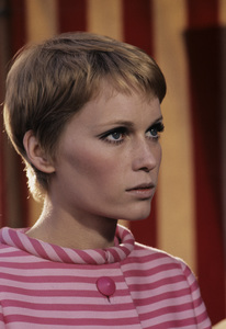"""A Dandy in Aspic""Mia Farrow1968** I.V. - Image 5168_0059"