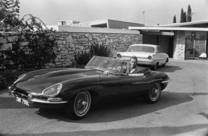 Charlton Heston at home with his 1967 Jaguar E-Type 4.2 OTS circa 1967 © 1978 David Sutton - Image 527_428