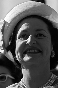 Lady Bird Johnson in Los Angeles, California1964Photo by Ernest E. Reshovsky © 2000 Marc Reshovsky - Image 5294_0098