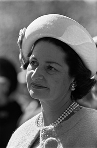 Lady Bird Johnson in Los Angeles, California1964Photo by Ernest E. Reshovsky © 2000 Marc Reshovsky - Image 5294_0099