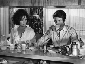 """""""The Only Game in Town""""Elizabeth Taylor, Warren Beatty1970 20th Century Fox - Image 5329_0001"""