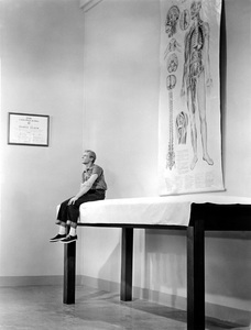"""""""The Incredible Shrinking Man""""Grant Williams1957 Universal - Image 5350_0001"""