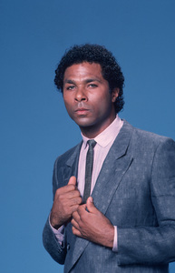 """Miami Vice"" Phillip Michael Thomas © 1984 NBCPhoto by Gary Null **H.L. - Image 5354_0067"