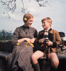 """The Sound of Music"" Julie Andrews and Duane Chase1965 20th**I.V. - Image 5370_0125"