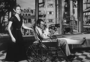 """Rear Window""Grace Kelly, James Stewart1954 Paramount**I.V. - Image 5375_0034"