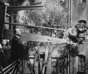 """Rear Window"" Director Alfred Hitchcock 1954 Paramount ** I.V. - Image 5375_0043"