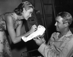 """""""Rear Window"""" Grace Kelly, James Stewart1954 Paramount Pictures** I.V. - Image 5375_0069"""