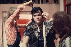 """Rocky Horror Picture Show, The""Meatloaf on the set1975 20thPhoto by John Jay / **I.V. - Image 5376_0081"