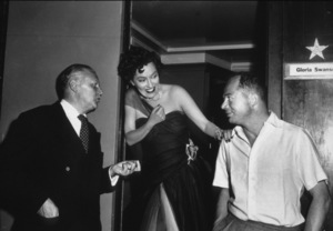 """Sunset Boulevard""Gloria Swanson and Dir. Billy Wilder1950 Paramount / MPTV - Image 5378_0121"