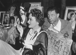"""""""Sunset Boulevard"""" Gloria Swanson with atechnician behind the scenes1950 Paramount**I.V. - Image 5378_0130"""