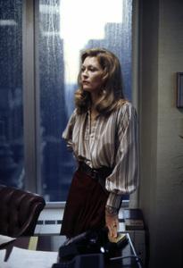 """Network""Faye Dunaway1976 MGM** I.V. - Image 5380_0117"