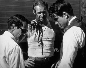 """Bonnie and Clyde""Director Arthur Penn, Gene Hackman, Warren Beatty1967 Warner BrothersPhoto by Floyd McCarty - Image 5381_0009"
