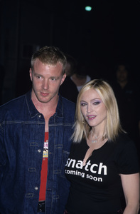 Madonna and Guy Ritchie2000 © 2000 Gary Lewis - Image 5384_0067